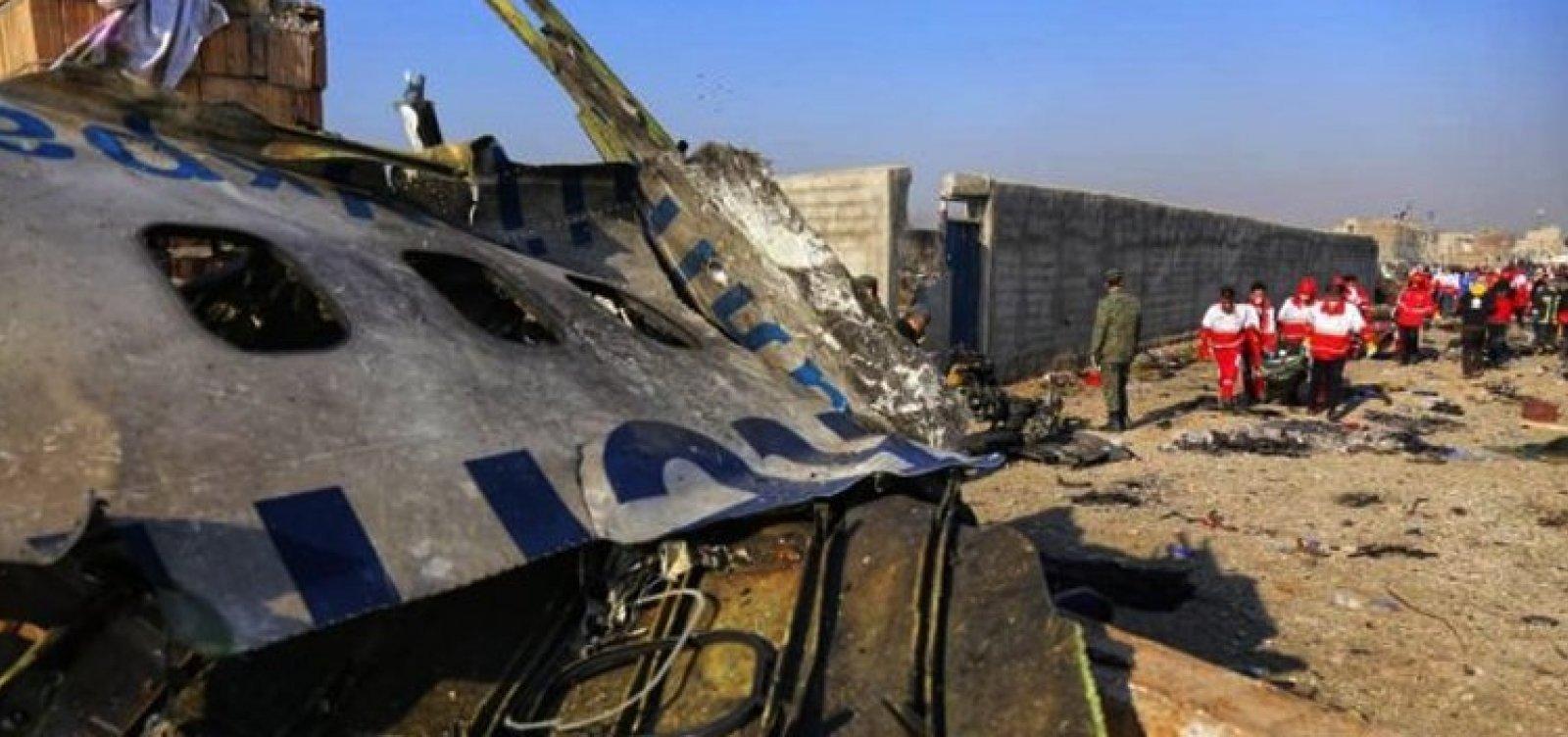 [Países querem que o Irã indenize as famílias das vítimas que morreram em queda de avião atingido por míssil]