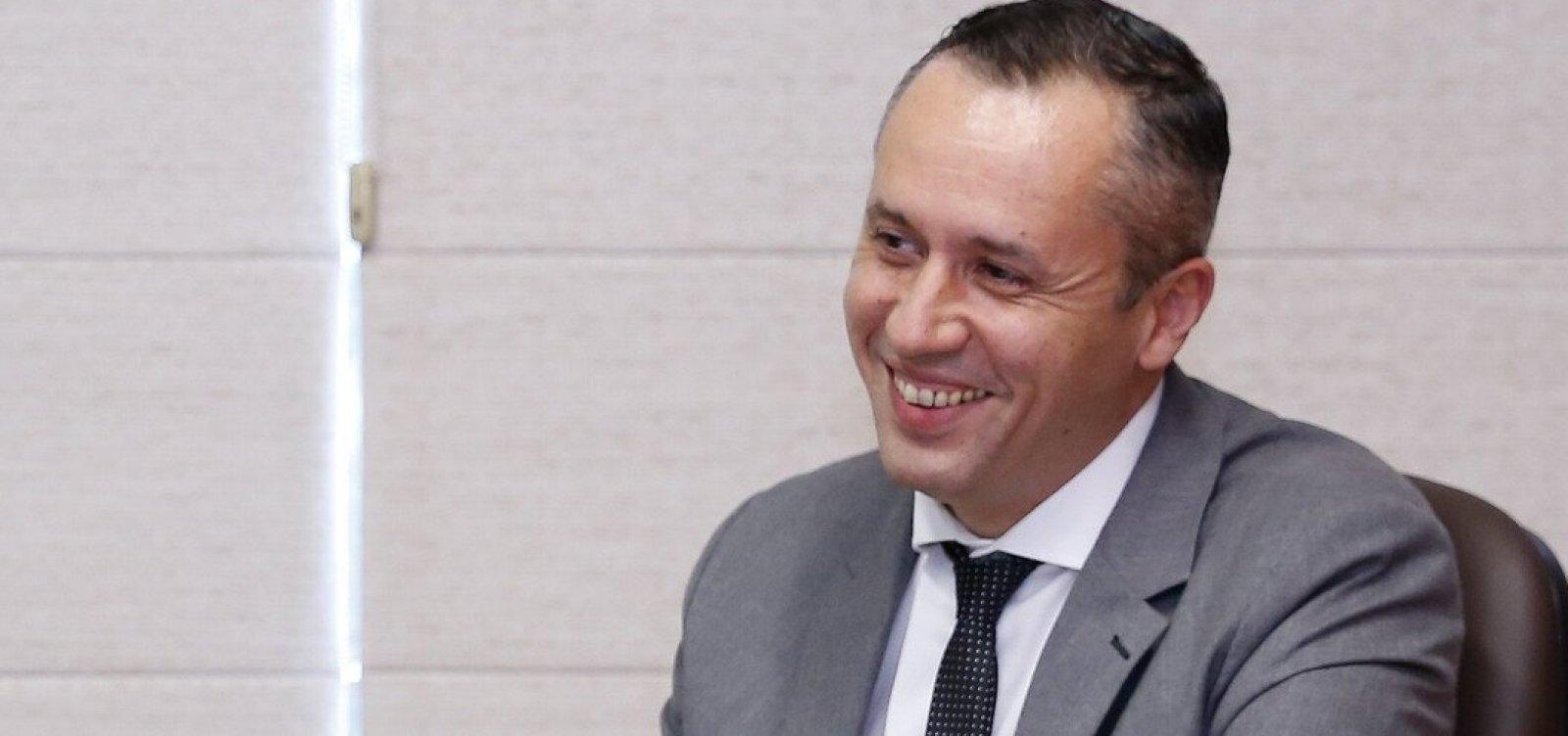 [Roberto Alvim afirma que imitação de ministro nazista foi 'coincidência retórica']