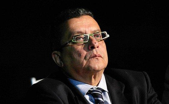 [Ex-marqueteiro João Santana antecipa lançamento de música por causa de Alvim]