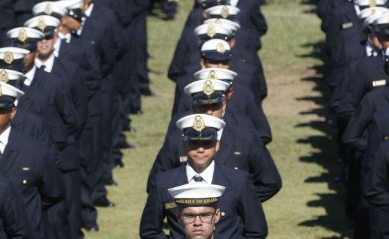 [Marinha do Brasil abre 900 novas vagas]