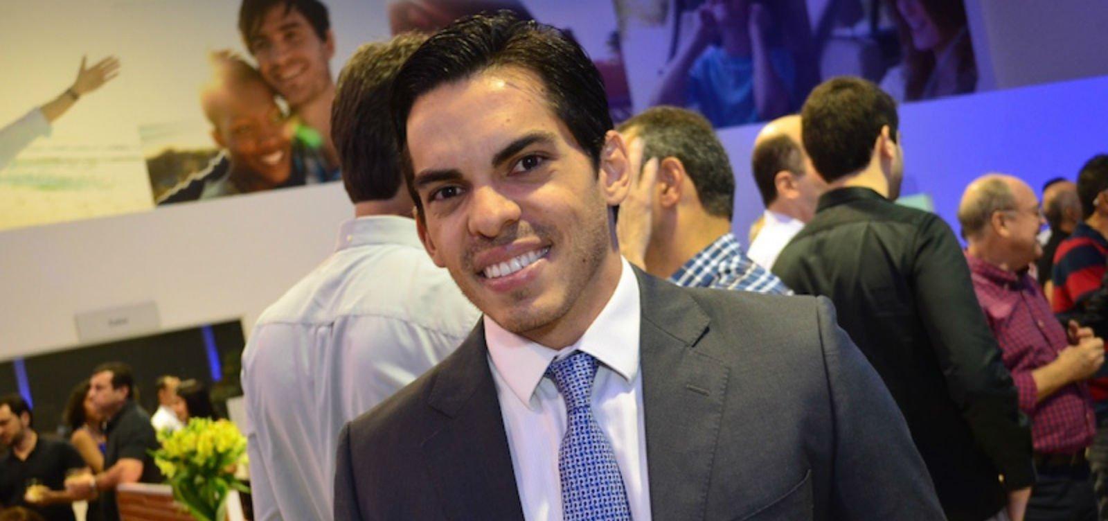 [Filho do ex-prefeito João Henrique é exonerado de cargo no governo]