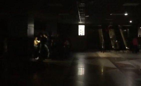 [Queda de energia atinge aeroporto de Salvador; veja vídeo]