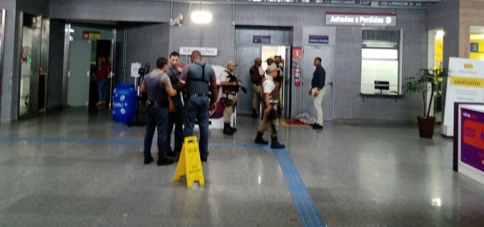 ['Ele queria que atirasse nele', diz homem que foi feito de refém no metrô de Salvador]