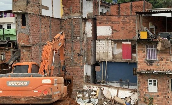 [Codesal inicia procedimento de demolição das edificações em Narandiba]