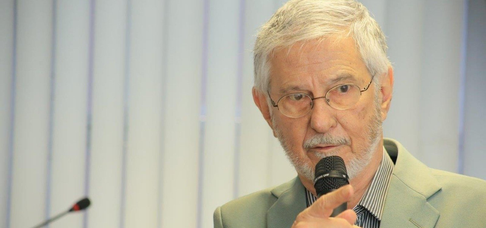 [Morre, aos 84 anos, ex-presidente da Câmara dos Deputados Ibsen Pinheiro]