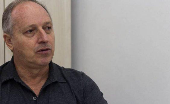 [Diretor de Faculdade da UFBA ironiza e parabeniza alunos por 'errarem menos' que ministro da Educação]