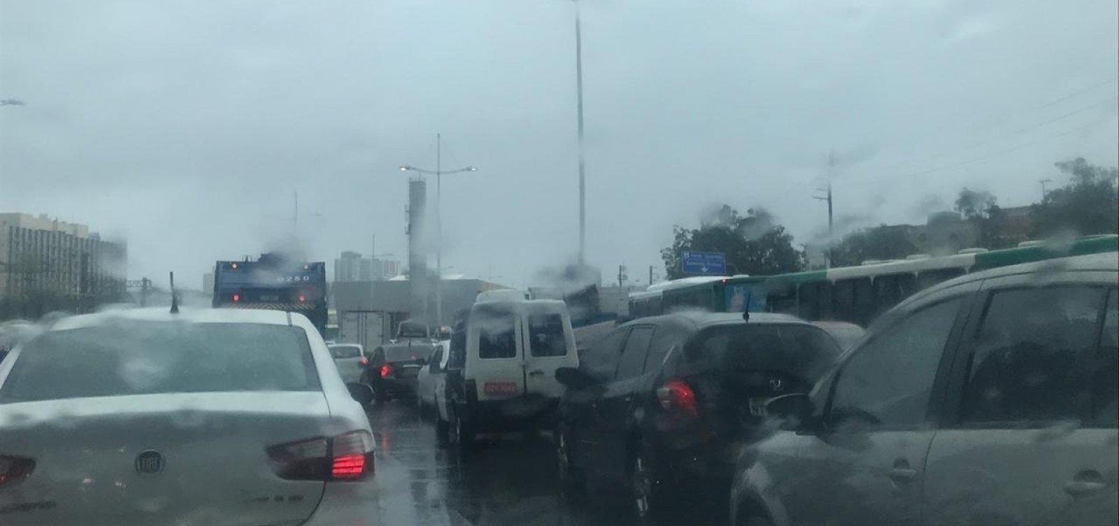 [Prefeitura de Salvador alerta para risco de alagamento nas próximas horas]