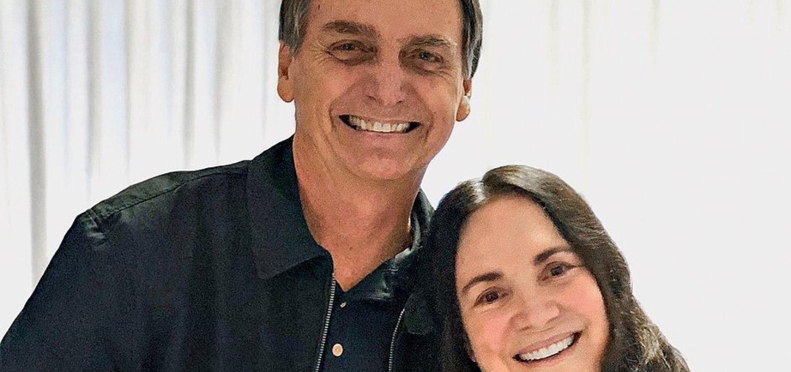 [Bolsonaro diz que vai ligar para Regina Duarte para tentar nomeação nesta quarta]