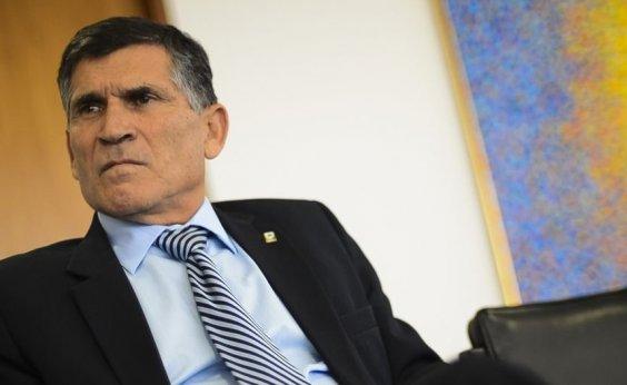[PF conclui que Santos Cruz foi vítima de 'armação' em falso diálogo com Bolsonaro]