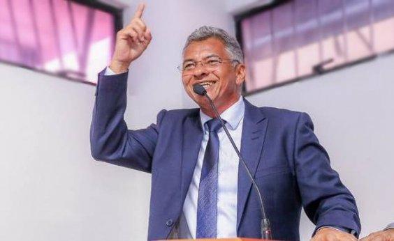 [Presidente do DEM espera decisão de prefeito de Simões Filho até fevereiro]