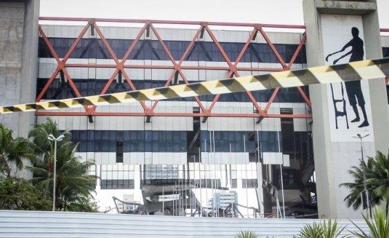 [Com dispensa de licitação, governo gasta R$ 300 mil para avaliar ruínas do Centro de Convenções]