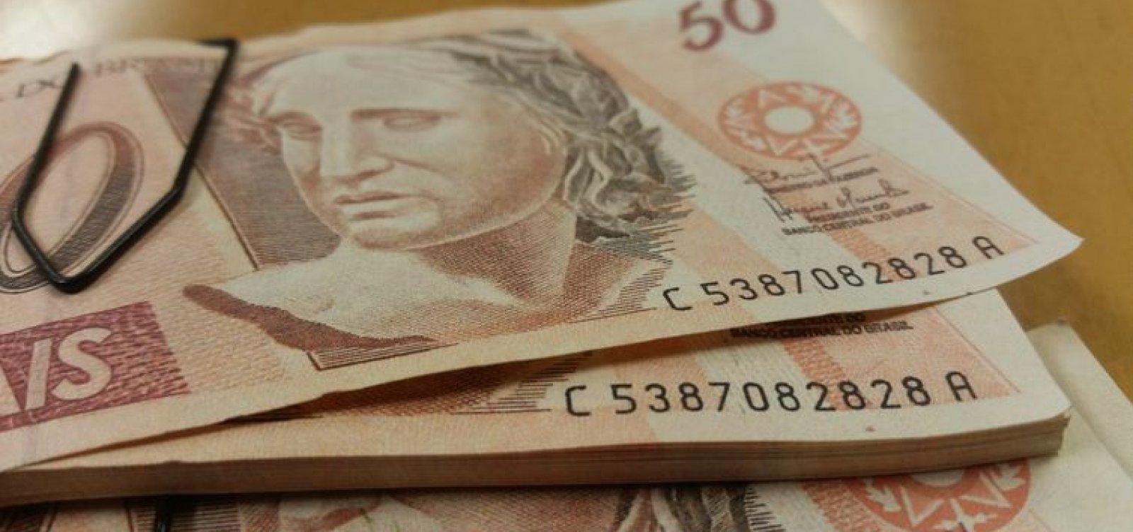 [Salário mínimo de R$ 1.045 passa a valer a partir de sábado]