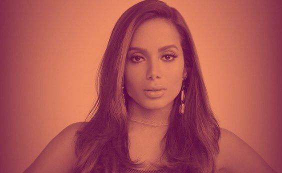 [Anitta diz que homens têm medo de tomar iniciativa com ela: 'Medo e preconceito']