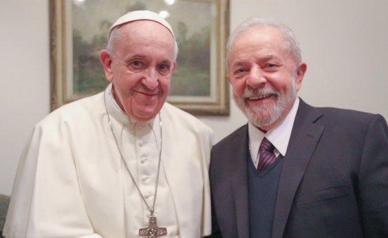 [Papa Francisco recebe o ex-presidente Lula no Vaticano]