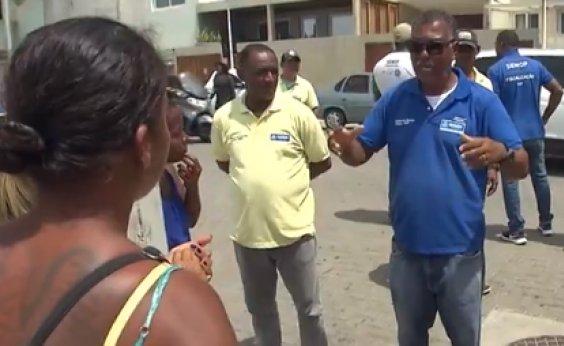 [Equipes de fiscalização retiram ambulantes que acampavam em circuito Barra/Ondina]