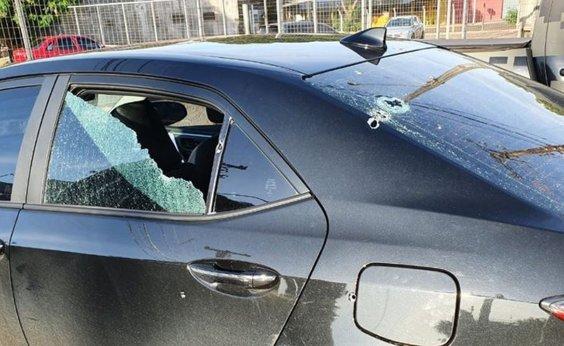 [Deputado do PSL diz que teve carro atingido por tiros e revidou]
