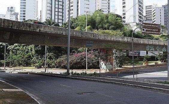 [Viaduto da Gabriela, no Canela, é reaberto para tráfego de veículos]