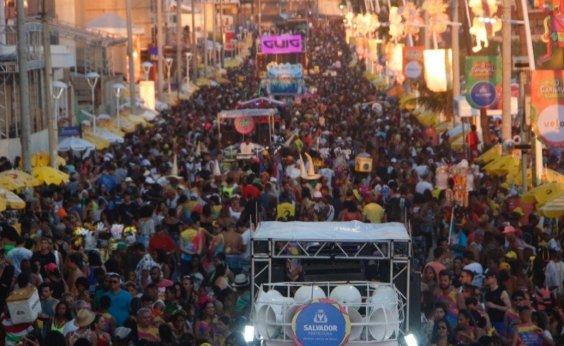 ['Furdunço' levou 1,5 milhão de pessoas às ruas, estima Saltur]