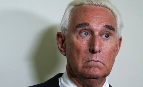 [Aliado de Trump é sentenciado a mais de 3 anos de prisão ]