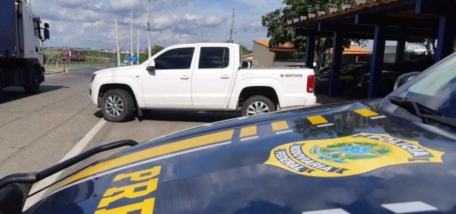 [PRF recupera três veículos roubados em trechos das BRs 116 e 324]