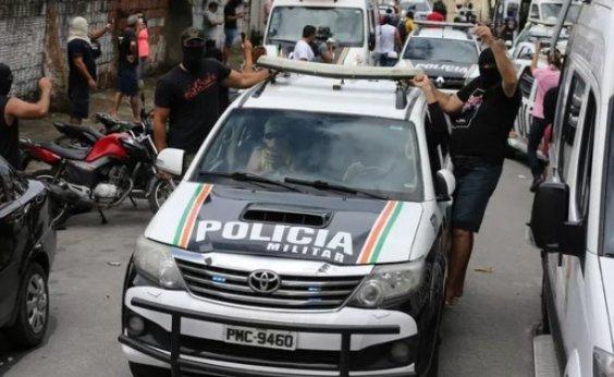 [Em 48 horas de motim da PM, Ceará tem 51 assassinatos]