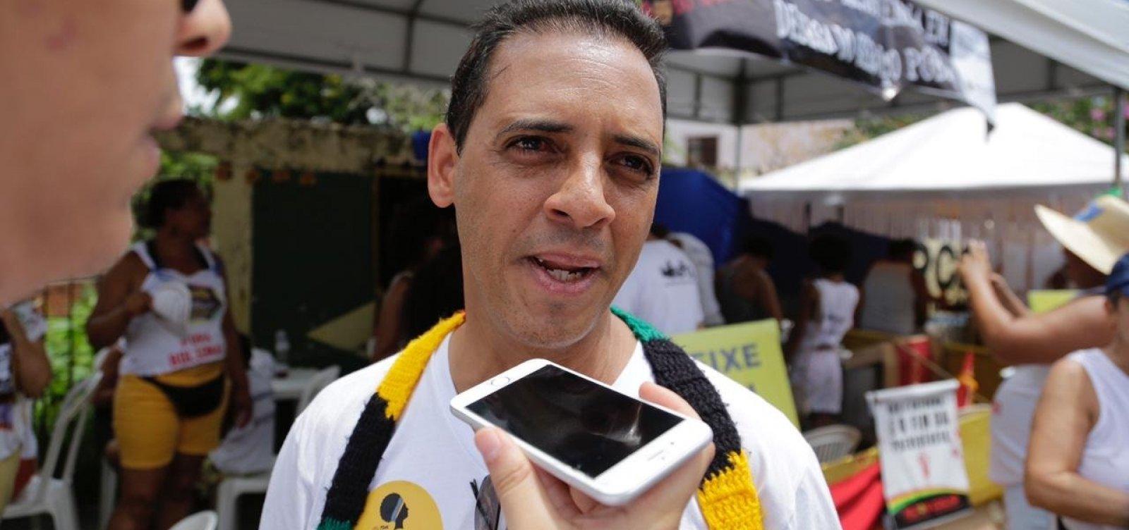 ['Direção do PSOL ficou estupefata', diz Hilton Coelho após sigla não conseguir reunião sobre caso Adriano]