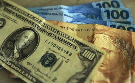 [Dólar bate novo recorde e fecha a R$ 4,4413]