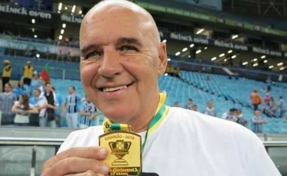[Ex-jogador e ex-técnico do Vitória, Valdir Espinosa morre aos 72 anos]