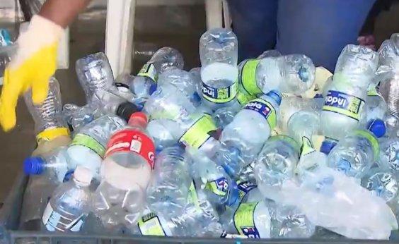 [Carnaval: cerca 170 toneladas, plásticos e papelão são recolhidos durante folia]