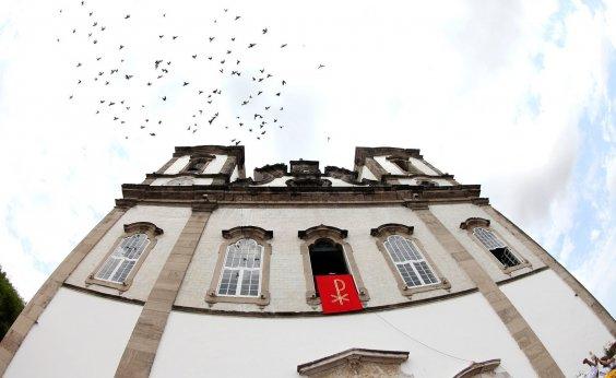 [Após Recife, Arquidiocese de Salvador também pede que fiéis evitem contato físico durante missas]