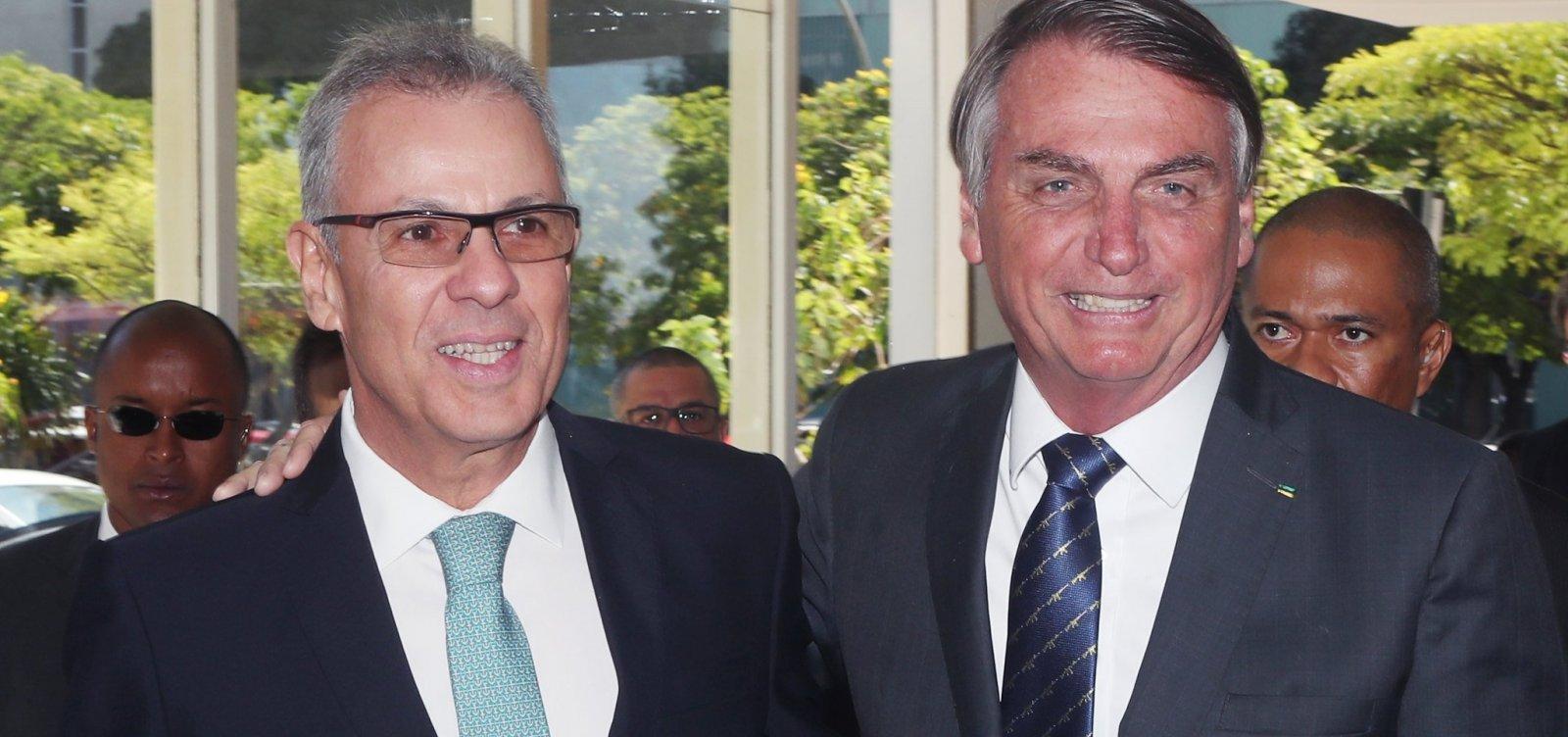 [Bolsonaro confirma que ministro de Minas e Energia tem coronavírus]
