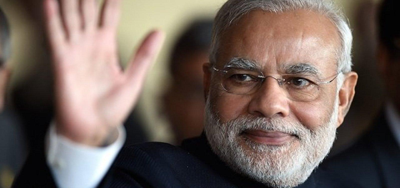 [Coronavírus: Índia decreta quarentena total por 21 dias]