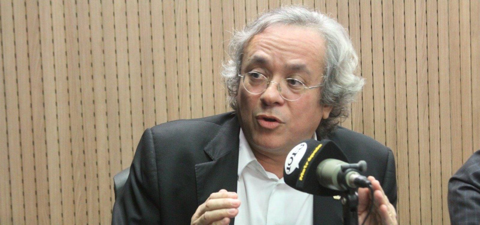 [Após fala de Bolsonaro, reitor da Ufba diz que servidor deve se basear em ciência e não em 'histórico de atleta']