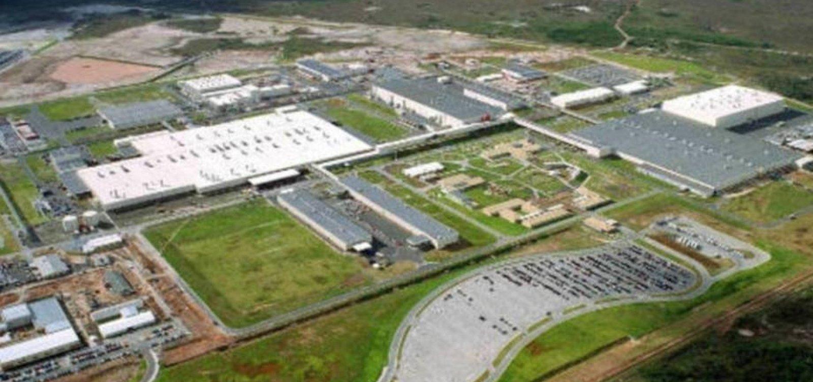 [Coronavírus: Ford suspende produção na fábrica de Camaçari]