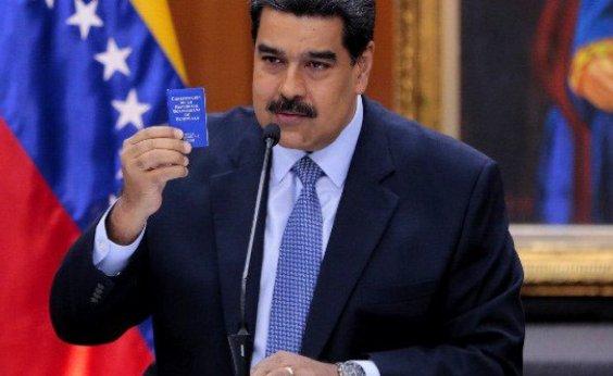 [ EUA acusam Maduro de narcoterrorismo e oferecem US$ 15 milhões de recompensa por prisão]