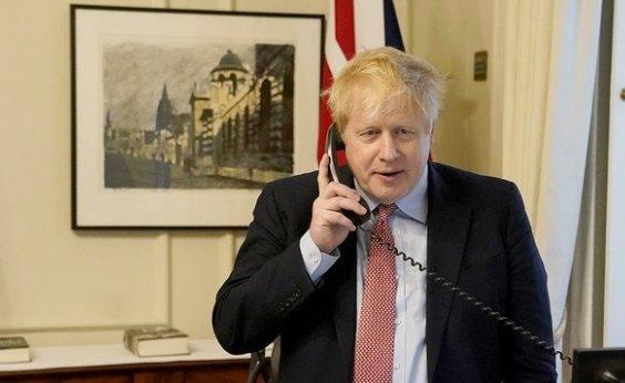 [ Primeiro-ministro do Reino Unido Boris Johnson testa positivo para coronavírus]