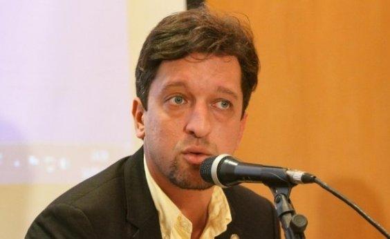 [Em meio à pandemia, deputado do RJ é detido em festa acusado de agressão a PM]