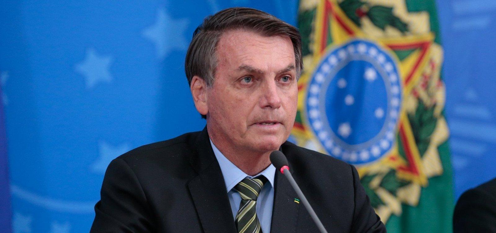 [Bolsonaro ouve apelos por Mandetta e diz que não discutirá sobre posts apagados pelo Twitter]