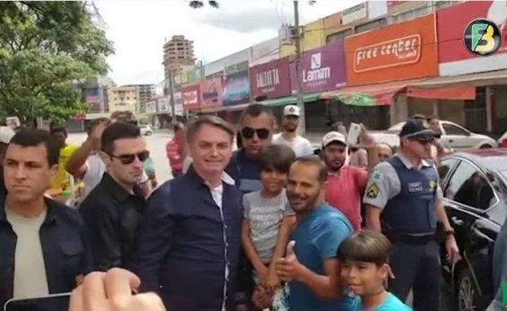 [Facebook apagou vídeo de Bolsonaro por 'alegação falsa' de cura para coronavírus]