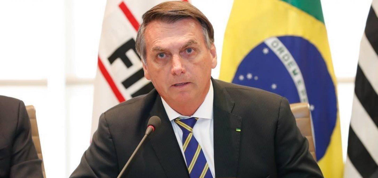 [Bolsonaro utiliza Facebook para exaltar golpe militar]