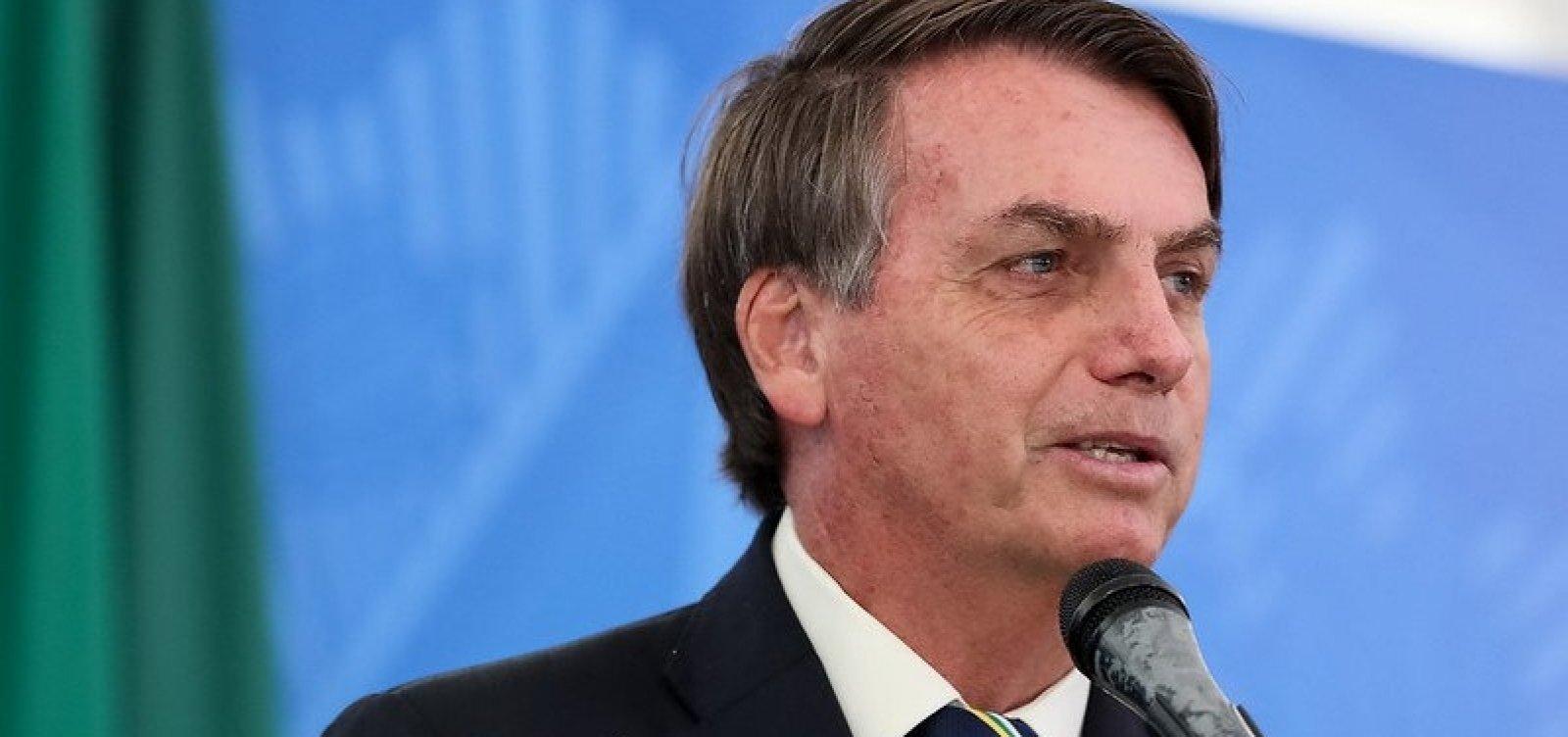 [Bolsonaro anuncia que vai sancionar auxílio emergencial hoje ]