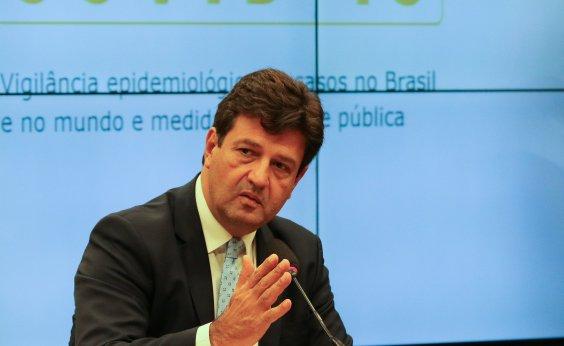 [Após ficar de fora de reunião com Bolsonaro, Mandetta diz que 'há quem trabalha com critérios políticos']