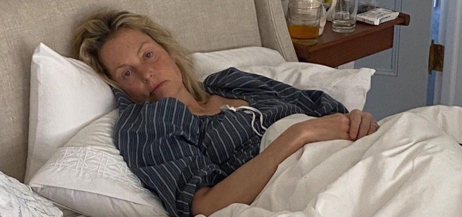 [Ali Wentworth está com coronavírus: 'Nunca me senti tão doente']