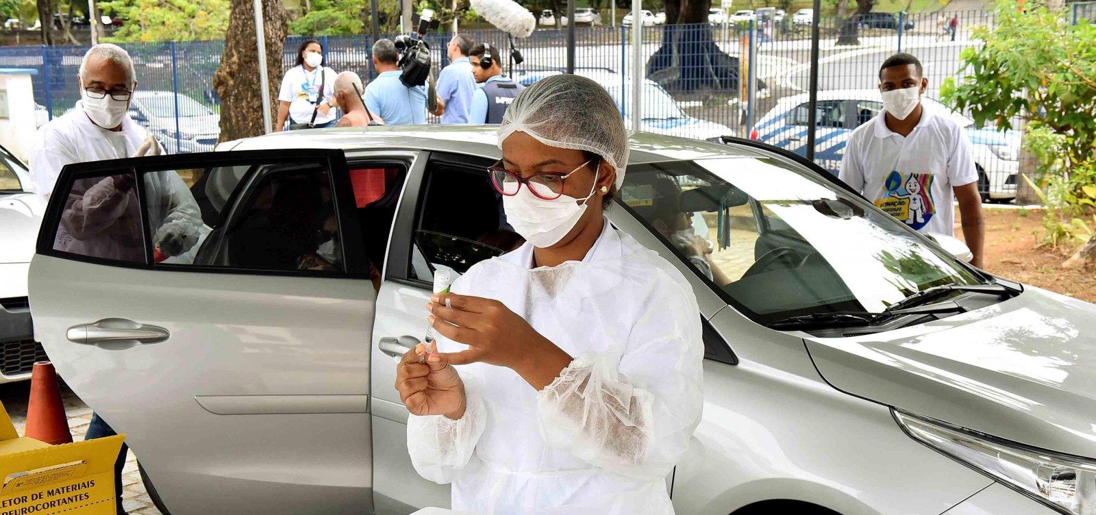 [Vacinação contra gripe em Salvador imuniza mais de 250 mil pessoas em 10 dias, diz SMS]
