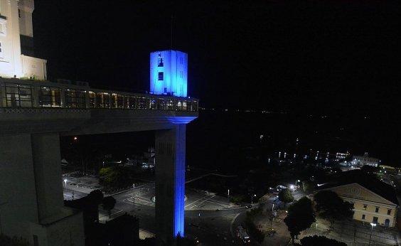 [Pontos turísticos de Salvador recebem iluminação azul em homenagem ao autismo]