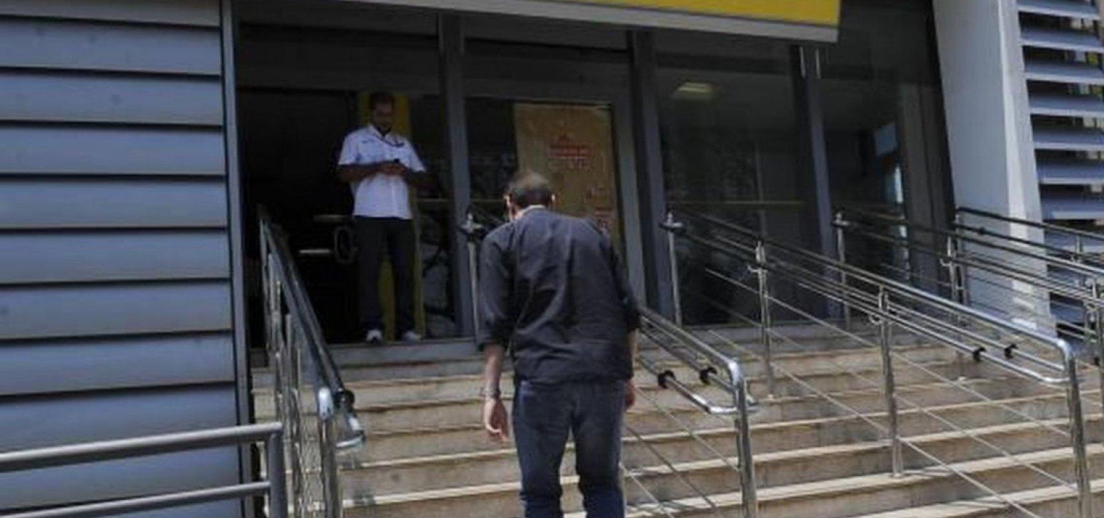[Força-tarefa da Prefeitura inicia fiscalização nos bancos nesta segunda]