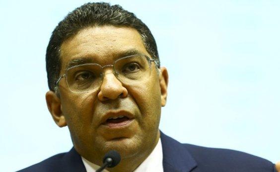 ['Déficit público deve caminhar para R$ 500 bilhões', diz secretário do Tesouro Nacional]