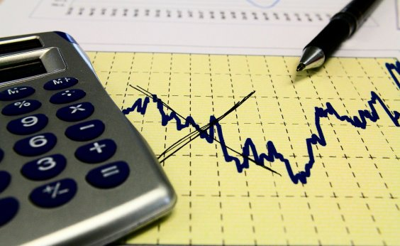 [Inflação oficial desacelera para 0,07% em março, menor taxa para o mês desde 1995]