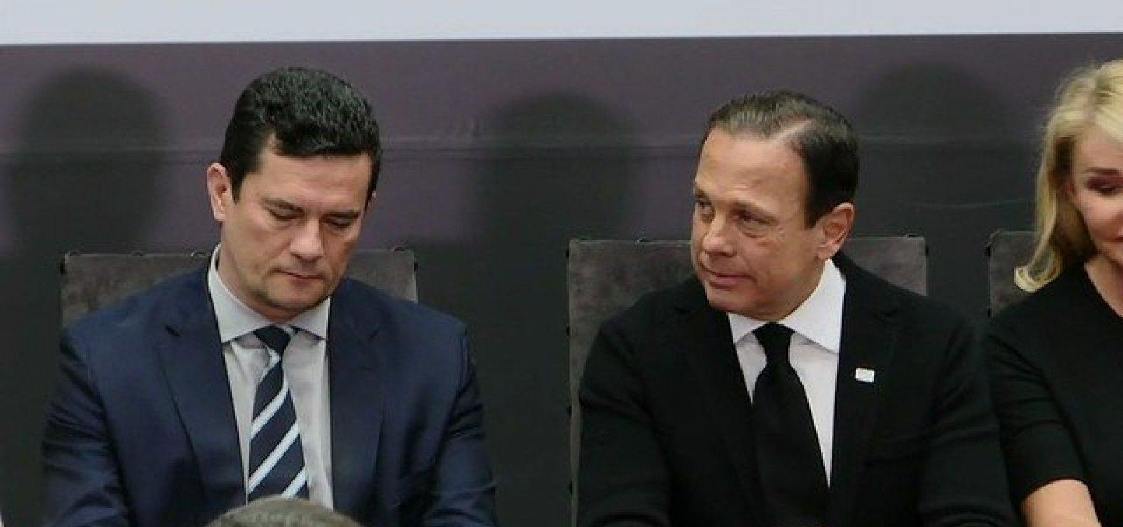 ['Lamento que país tenha que combater dois vírus', diz Doria sobre Bolsonaro]