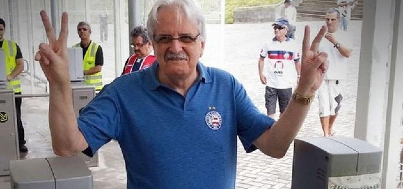 [Internado desde quinta, ex-presidente do Bahia Fernando Schmidt é transferido para UTI]